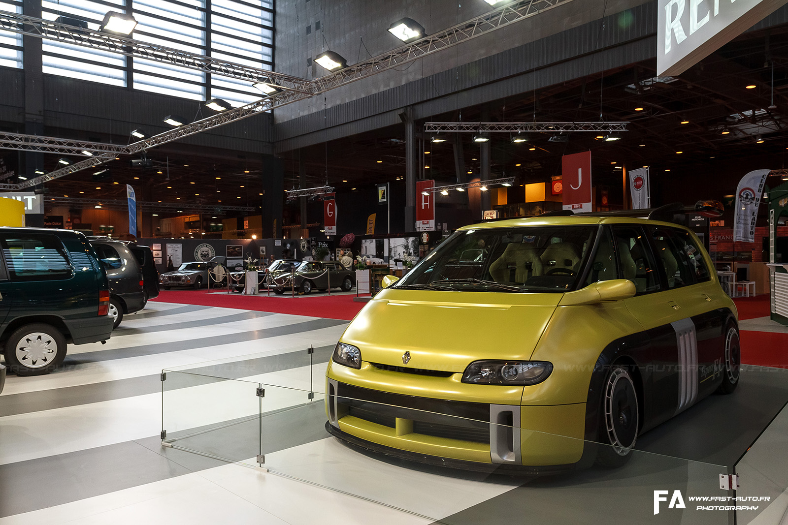 salon retromobile fevrier 2014 renault espace f1 retromobile 2014 paris. Black Bedroom Furniture Sets. Home Design Ideas